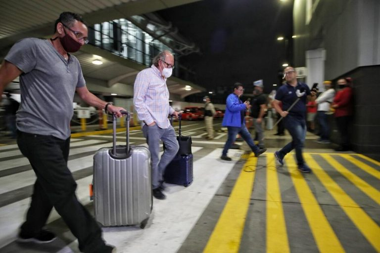 San Jose airport makes changes for picking up arriving passengers