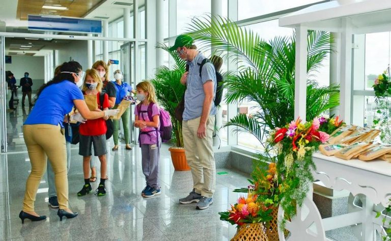 Costa Rica opens air borders to tourists from Mexico and Jamaica; Ohio added to U.S. list