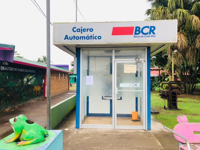 BCR on Friday experienced problems. An expat's story