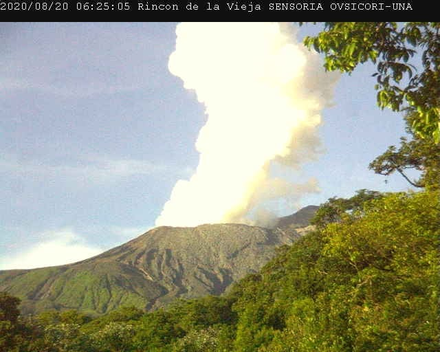 Rincón de la Vieja erupted 3 times in less than 15 hours