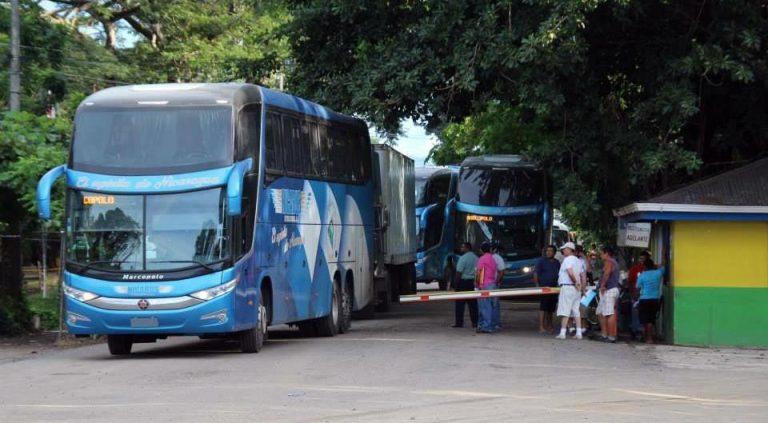 Nicaraguan tourist transport asks Costa Rican open border