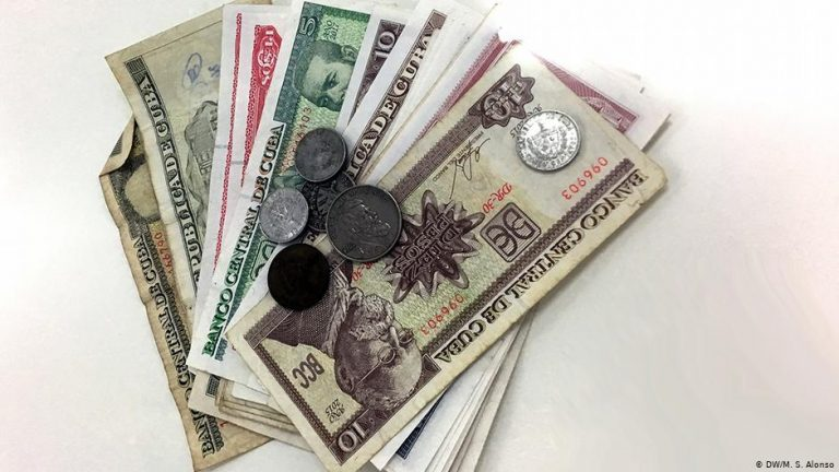 How many currencies does Cuba need?