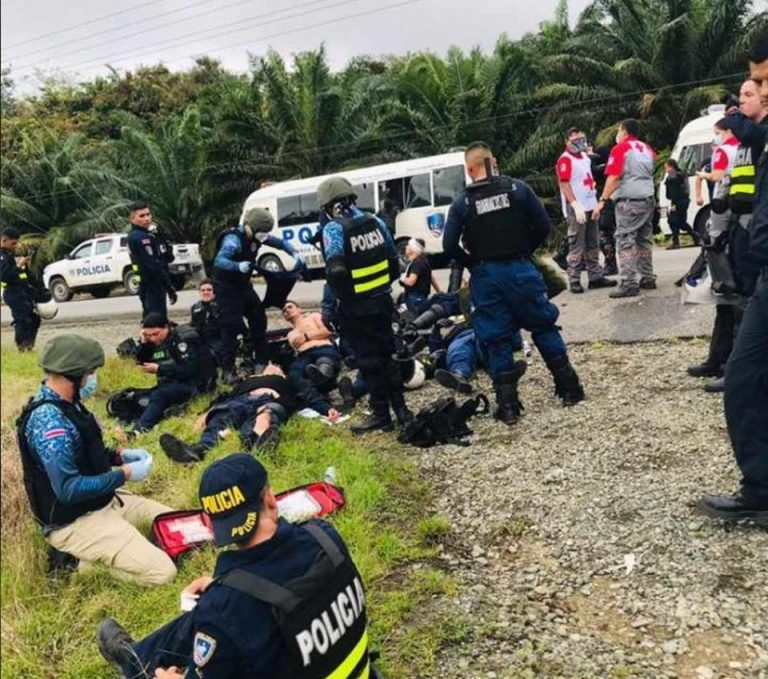 Mobs in violent attacks in Quepos; police injured with stones and Molotov cocktails
