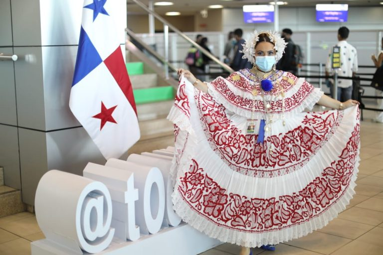 Panama reopens air borders for tourists after closed for seven months