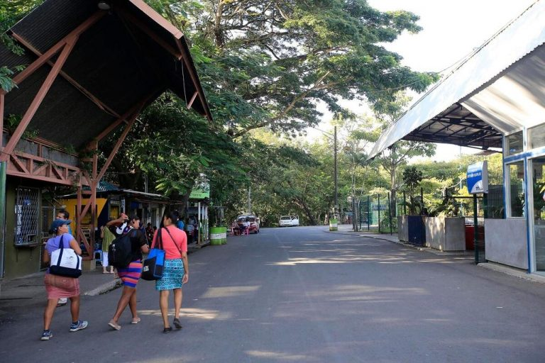 Foreigner residents in Costa Rica can now enter by land