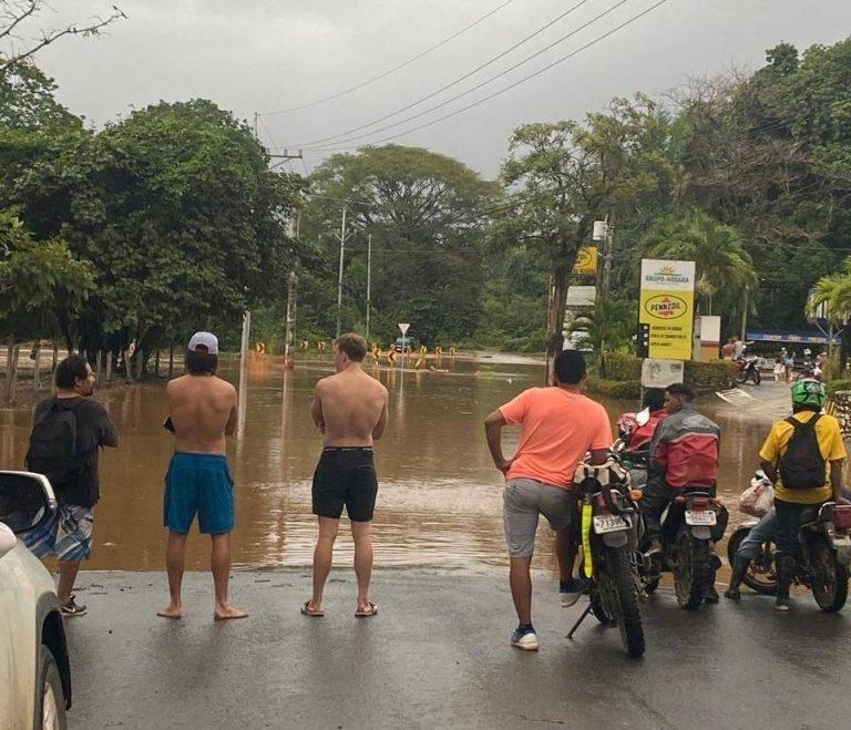 Rainy onslaught by Hurricane Eta batters Guanacaste