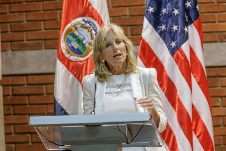 Jill Biden, the future first lady who wants to continue teaching
