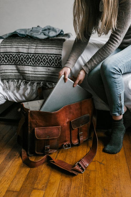 Traveling and Studying in Canada: How to balance Homework and Fun?