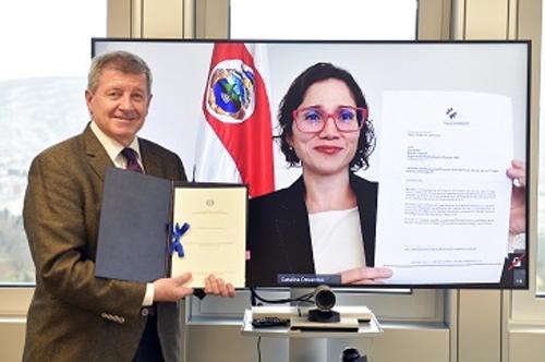 Costa Rica backs U.N. treaty to combat forced labor