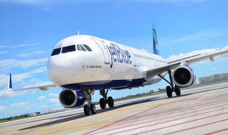 Jetblue resumed flights to Liberia with direct flight from Los Angeles