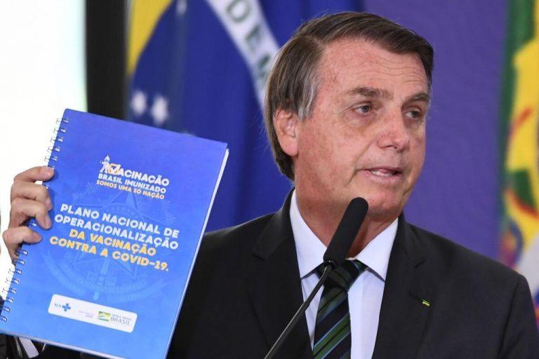 Brazil's Bolsonaro supports vaccination against covid-19
