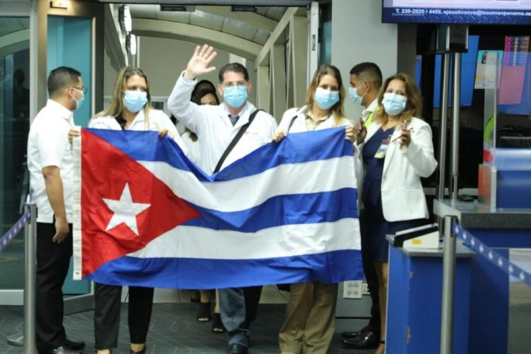 Cuban doctors arrive in Panama to attend Covid-19 crisis, despite warnings from the U.S.