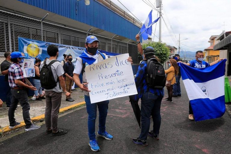 Fundación Arias report: Nicaraguan refugees have a high academic level, but live in precarious conditions in Costa Rica