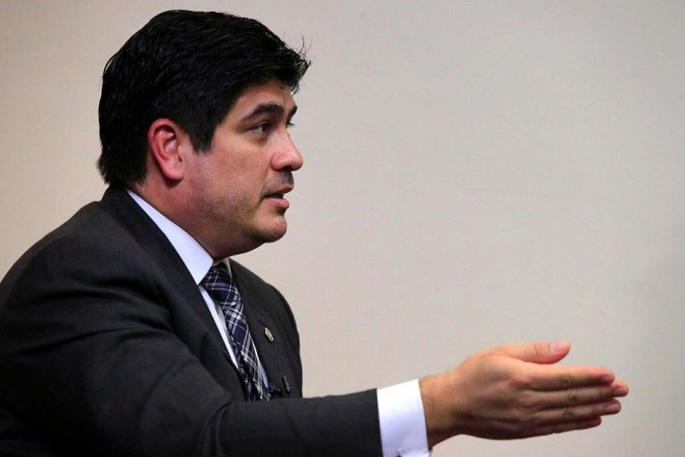 Carlos Alvarado: 'Yes, we are going to go to the IMF'