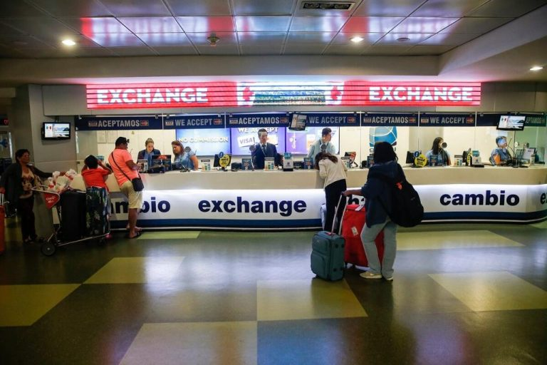 Banco Central faces 2021 with less room to intervene in the exchange market