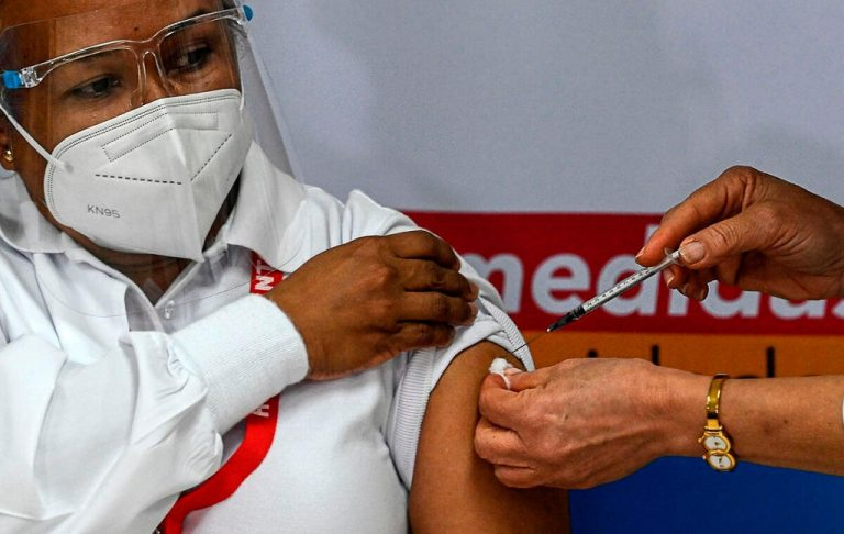 First vaccines against covid-19 arrive in Panama, the country with the most infections in Central America