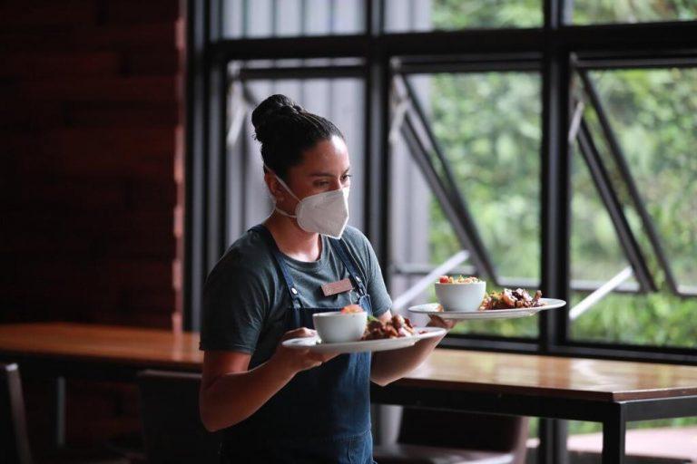 Crisis drowns restaurants and bars as entrepreneurs struggle to survive