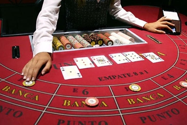 Can you pay your bills by playing baccarat online?