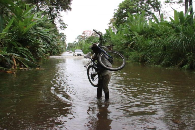 Cold push hits the Caribbean hard: leaves a death and floods