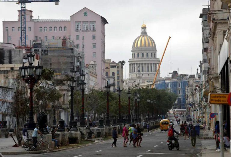 Canada shuts down travel to Cuba until April 30