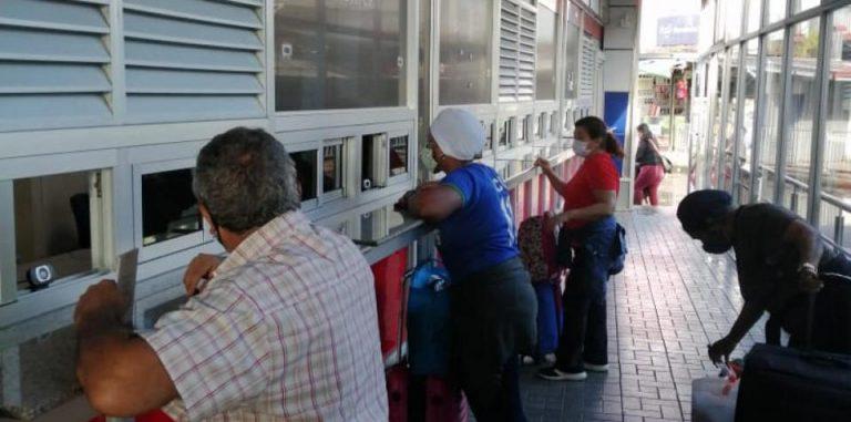 Panama opens its land borders to tourists