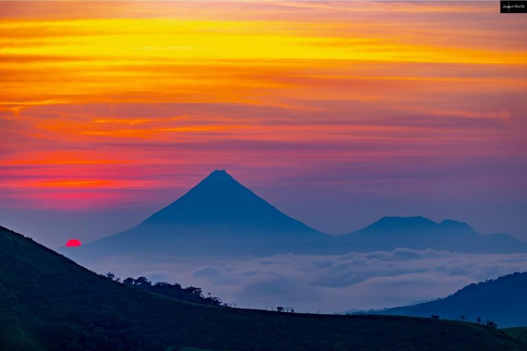 Impossible to forget: Arenal Volcano at sunrise!