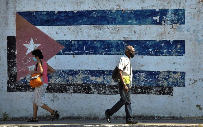 The Internet, the stone in the Cuban government's shoe