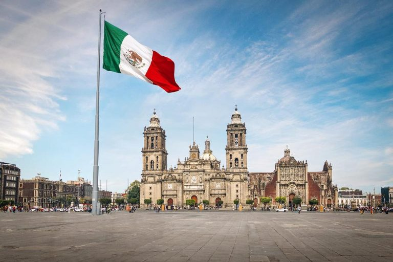 Mexico City reduces restrictions due to sustained decline in cases of covid-19