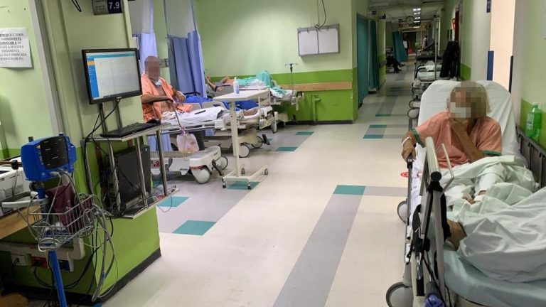 522 people with covid-19 are hospitalized in Intensive Care