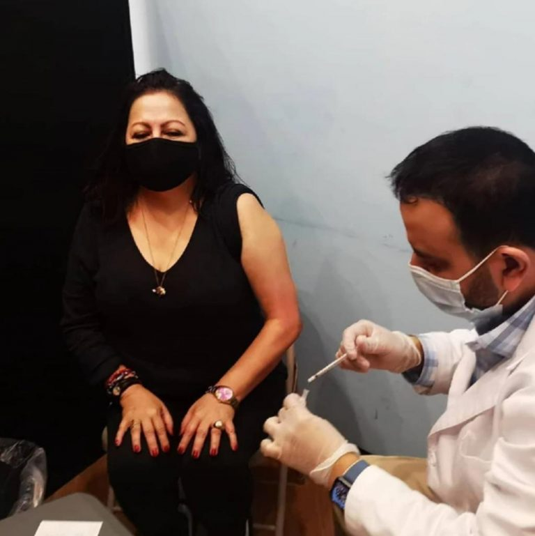 Covid-19 vaccine, the new 'American dream' of thousands of Costa Ricans