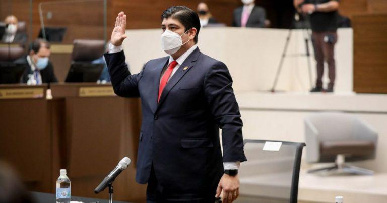 """Carlos Alvarado: """"Don Rodolfo has my confidence"""""""