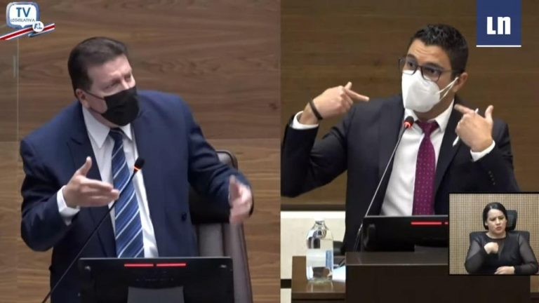 """""""Respect that I am talking. Respect me!"""" Salas gets into shouting with legislator"""