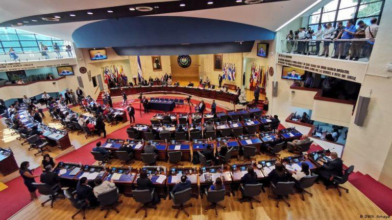 El Salvador: Nayib Bukele proposes that corruption crimes be imprescriptible