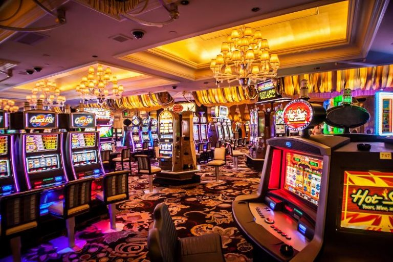 The USA vs. Portugal Main Online Casino Differences