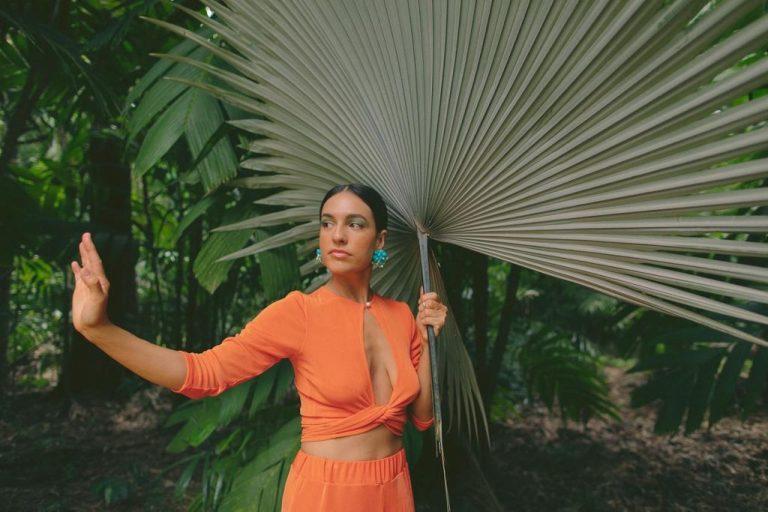 Costa Rican singer MishCatt signs with Universal Music