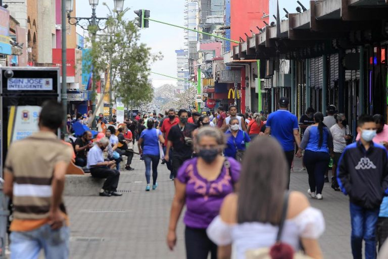 Covid-19 robbed Costa Rican population 60,170 years of life between the end of January and June