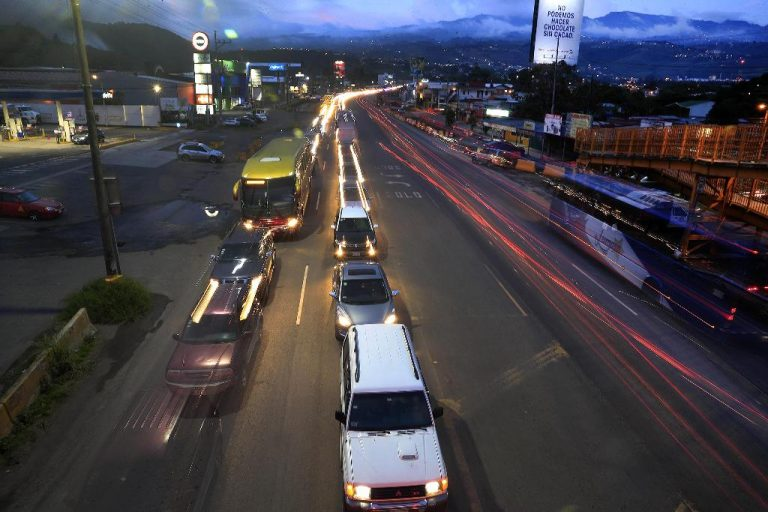 Weekday vehicle restrictions for even and odd plates planned until August eliminated