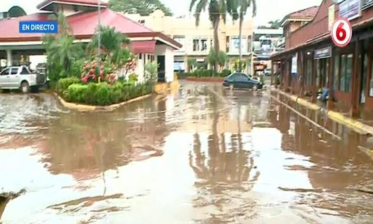 At least 160 people affected after floods in Jacó