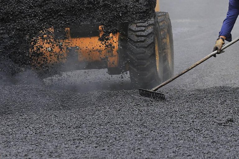 Pavement system used by Conavi is obsolete and expensive, report