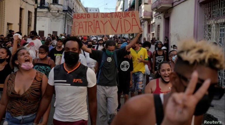 How Does Breaking News Break in Cuba?