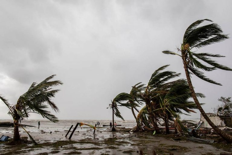 Cyclone diverted its course and moves away from Central America