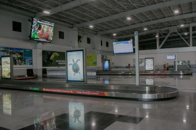"""LIR gets a new name, """"Guanacaste Airport"""""""