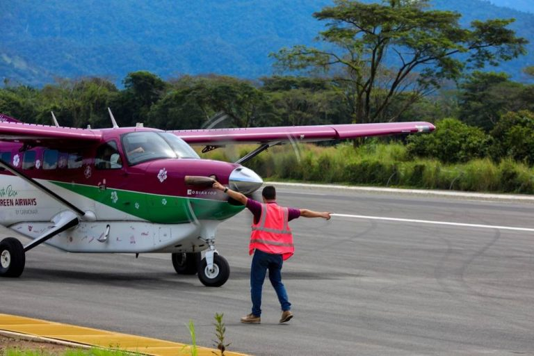Quepos Aerodrome opens new runway