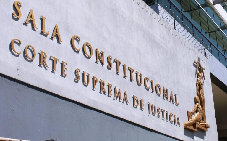 Constitutional Court confirms constitutionality of mandatory vaccination