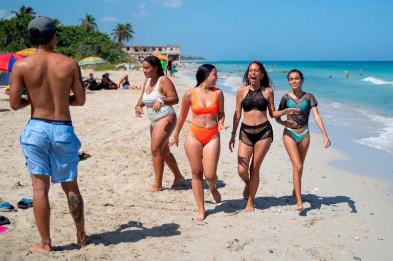 Cuba reopens: low wages, high prices